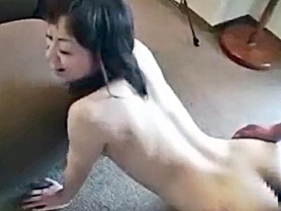 「中に出して♡」美熟女をハメ撮りでバックから突いて膣内射精。おねだりが可愛いw